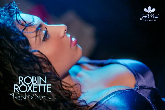 Robin Roxette exotic bighair model glamour busty big boobs beauty sexy perfect girl lady woman jan te bont jantebont JTB curly miami