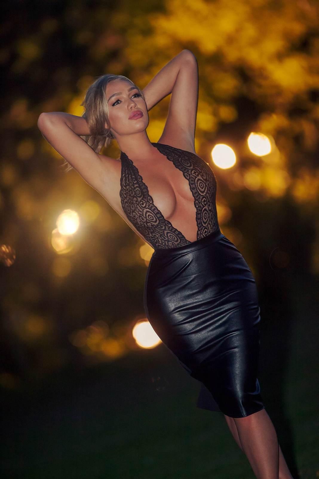 TALLYTA_SHOOT busty blonde